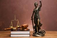 Под защитой юриста