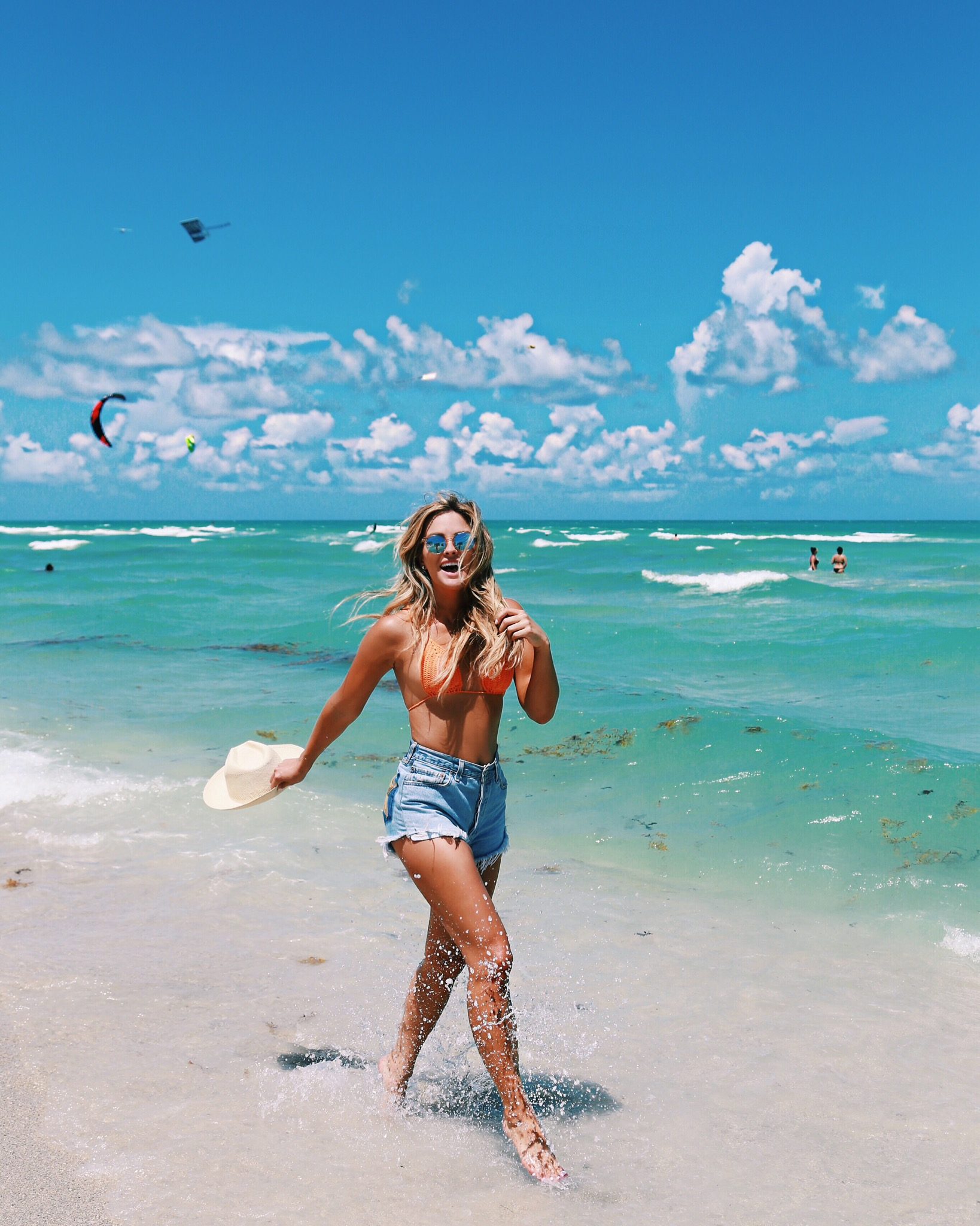 гамова праву красивые фотографии людей на море данного оттенка